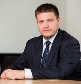 izv. prof. dr. sc. GORAN VLAŠIĆ